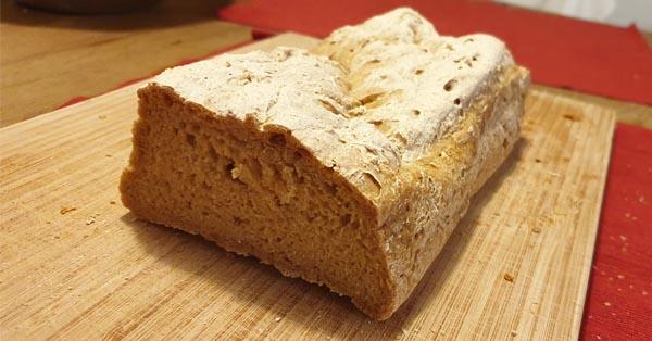 Glutenfreies Brot aus Teffmehl